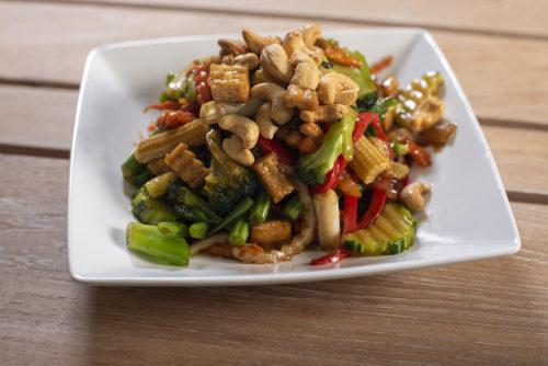 Tofu Phad Med Mamaung